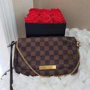 🖤Louis Vuitton Favorite PM